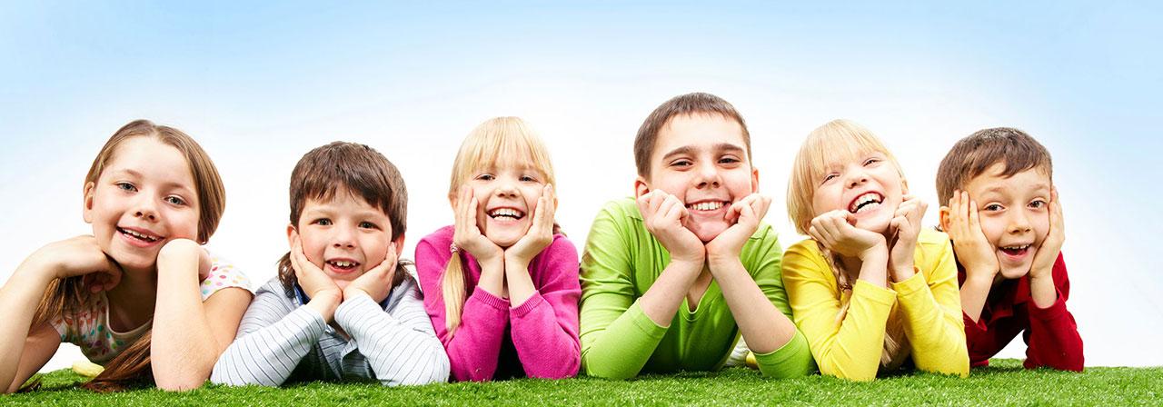 Kids smiling - good behavior